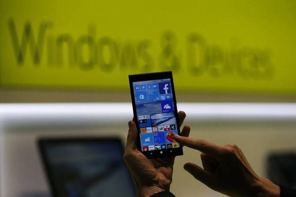 microsoft-lumia-950-xl-se-dat-ngang-ngua-iphone-6s-1