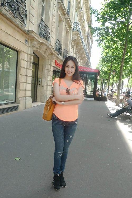 meo-mix-quan-jeans-tre-trung-nang-dong-nhu-sao-viet-4