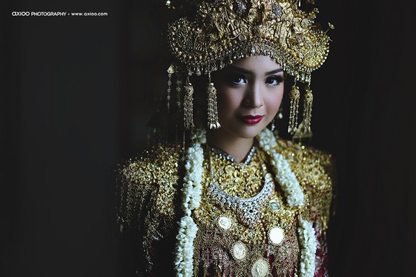 dam-cuoi-dat-vang-cua-tai-tu-dien-trai-nhat-indonesia-4