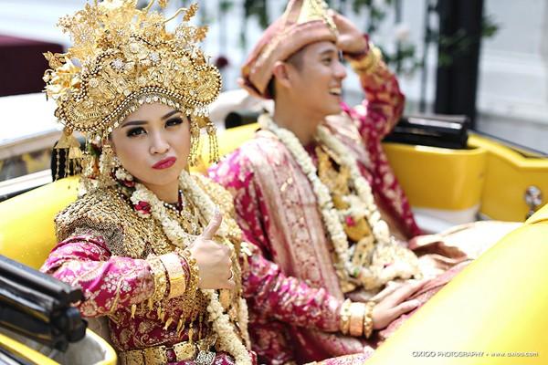 dam-cuoi-dat-vang-cua-tai-tu-dien-trai-nhat-indonesia-8
