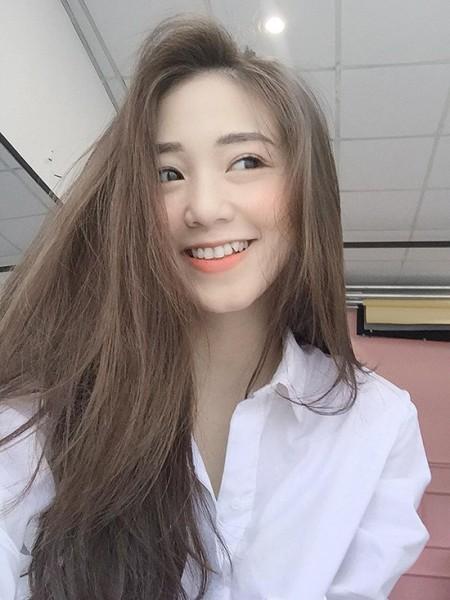 hot-girl-viet-nhuom-toc-mau-gi-cho-da-trang-sang-ngay-he-9