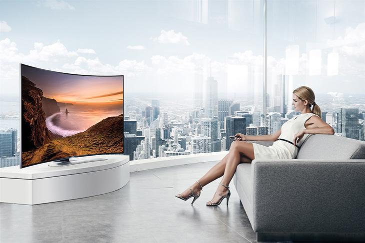 Những điều bạn cần biết trước khi mua tivi màn hình cong
