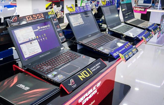 Laptop ngày càng ế ẩm, doanh thu sụt giảm